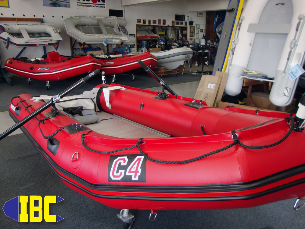 bombard commando c4 with cataract carbon oars 3