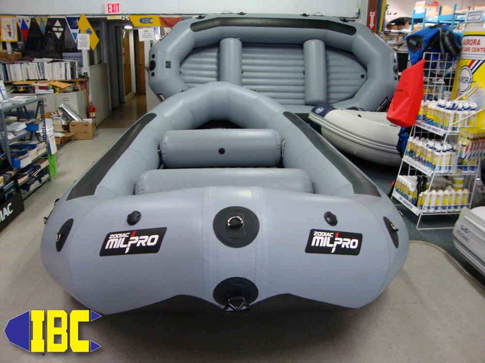 super pro white water raft 4