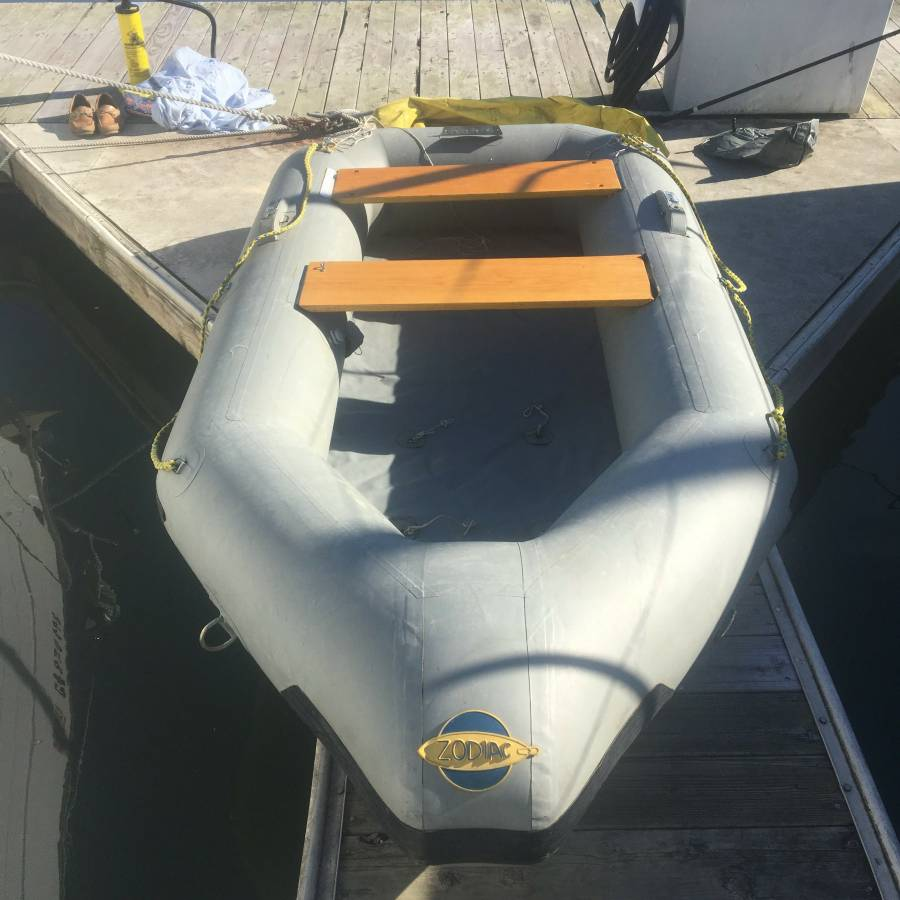 Repair inflatable boat center if that old boat that grandpa gave you back in 1976 is starting to look ugly sell it for 500 bucks on craigslist like the one pictured in sausalito above solutioingenieria Image collections